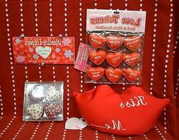 Set 4 Love ROMANCE Valentine Kiss Pillow Tokens HEART Candle